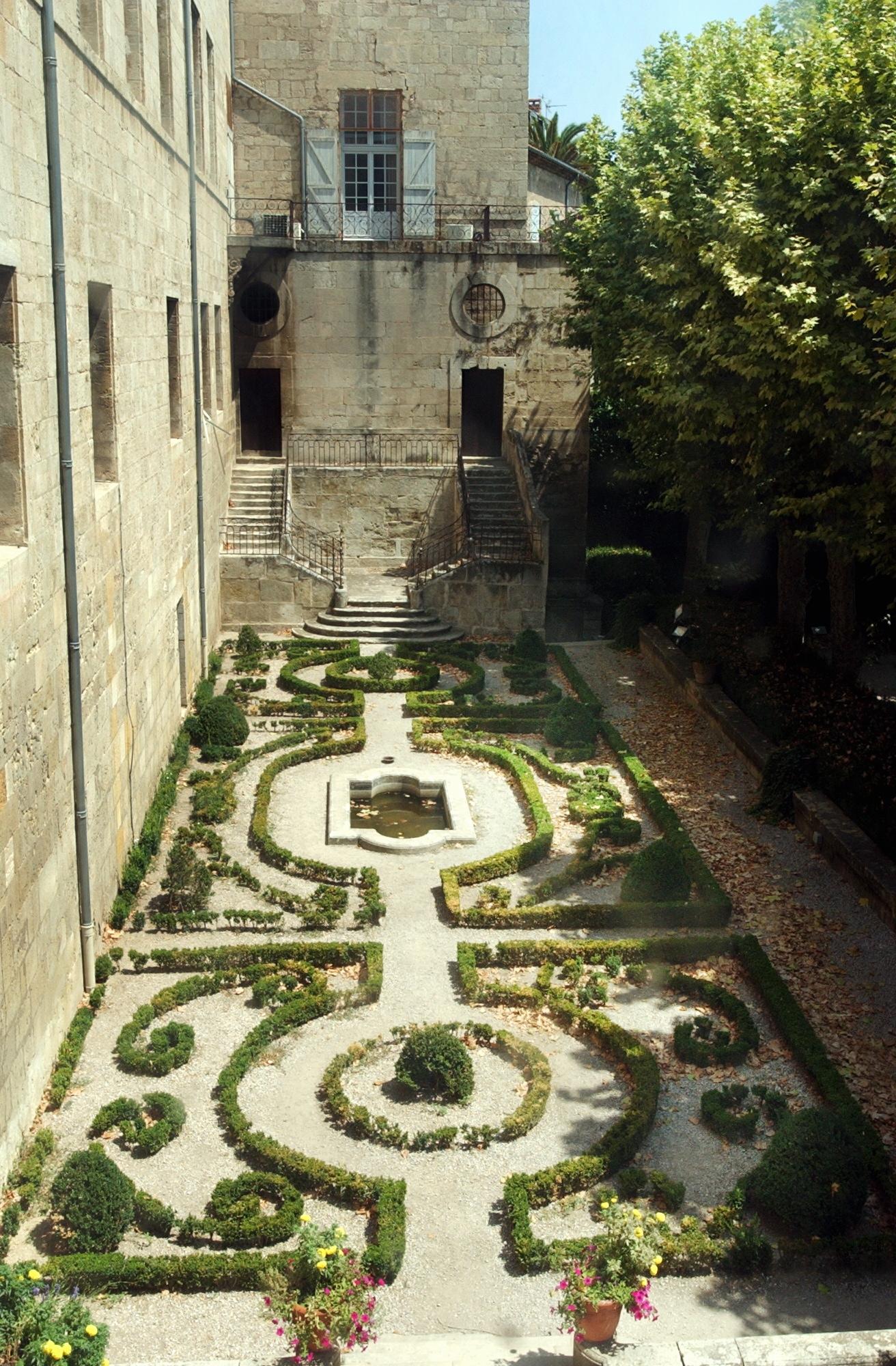 Toutes les activit s for Jardin villa antonine beziers