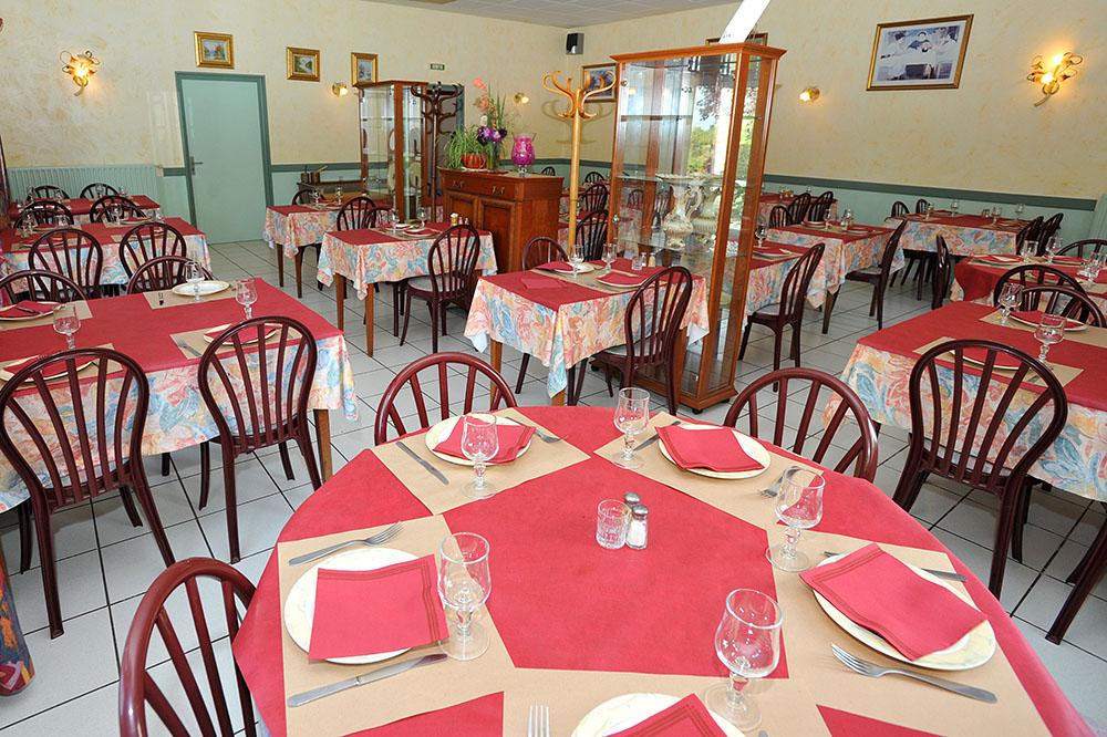 178365hotelrestaurantleboisjolimassaisthouarsaiscompresse2jpg ~ Restaurant Le Bois Joli