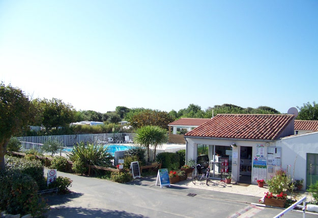 Camping essi ars en r destination ile de r - Office tourisme ars en re ...