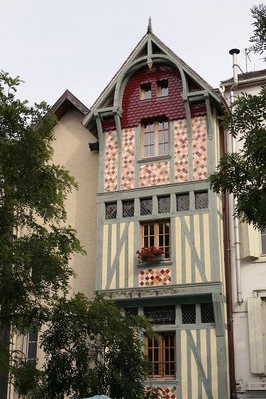 Visite guid e th me sur les pas de marguerite bourgeoys troyes troyes champagne tourisme - Office du tourisme de troyes ...