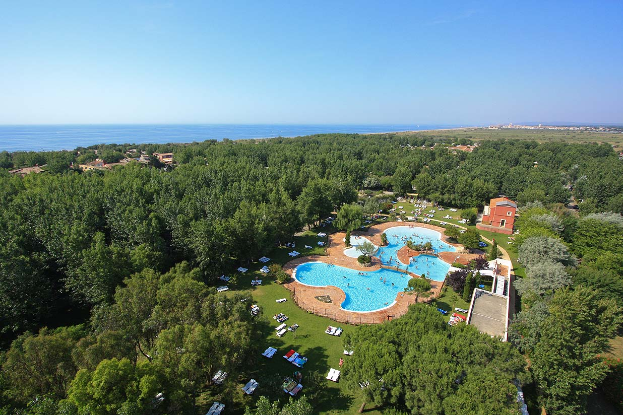 Camping yelloh village le serignan plage for Camping carcassonne piscine