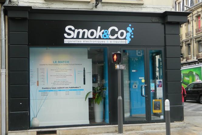 Tabac / Cigarette électronique / Presse