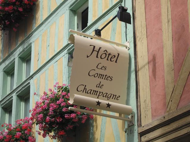 Brit Hotel - Les Comtes De Champagne