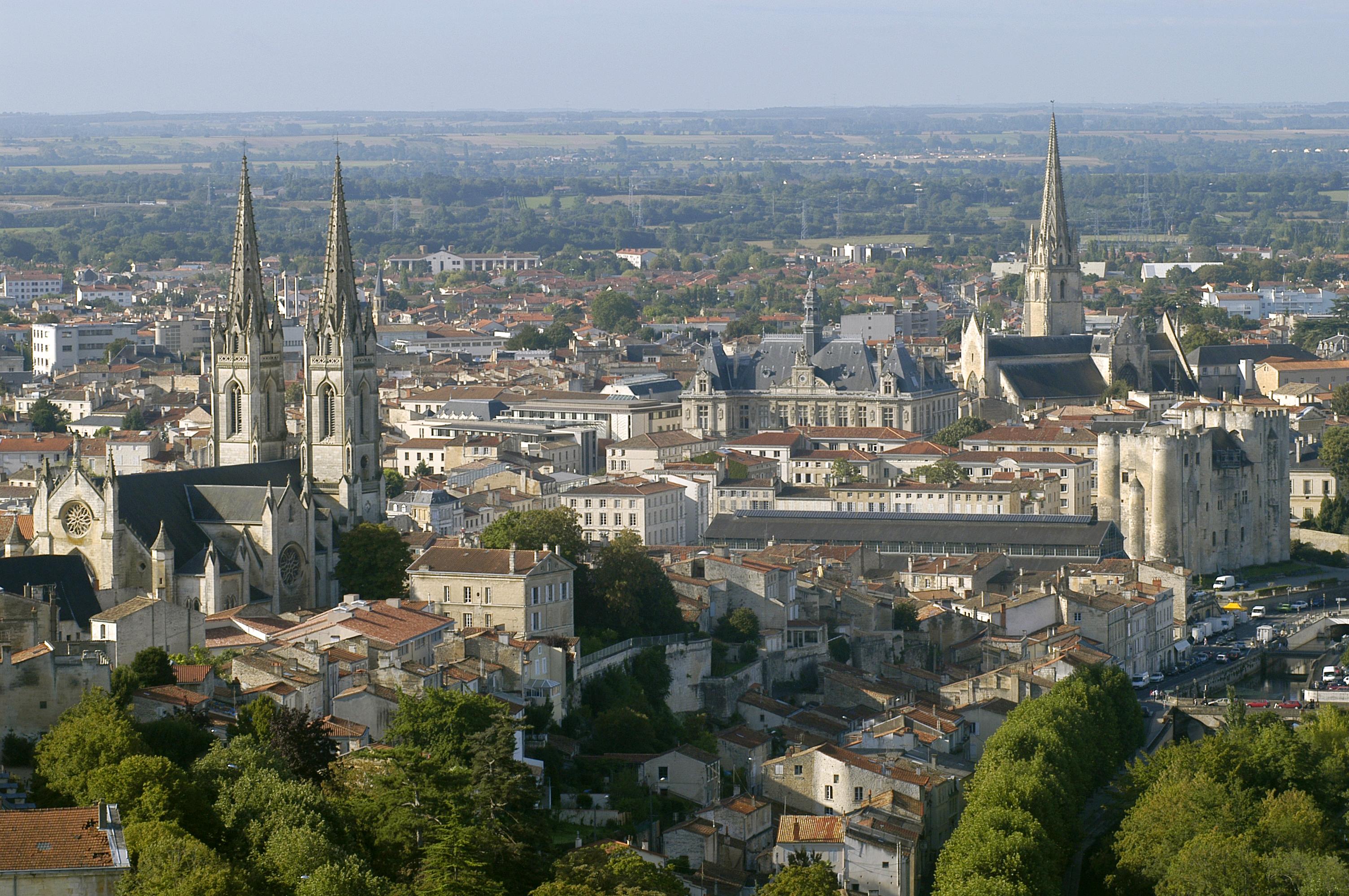 Atemporelle le centre ville de niort for E leclerc niort centre niort