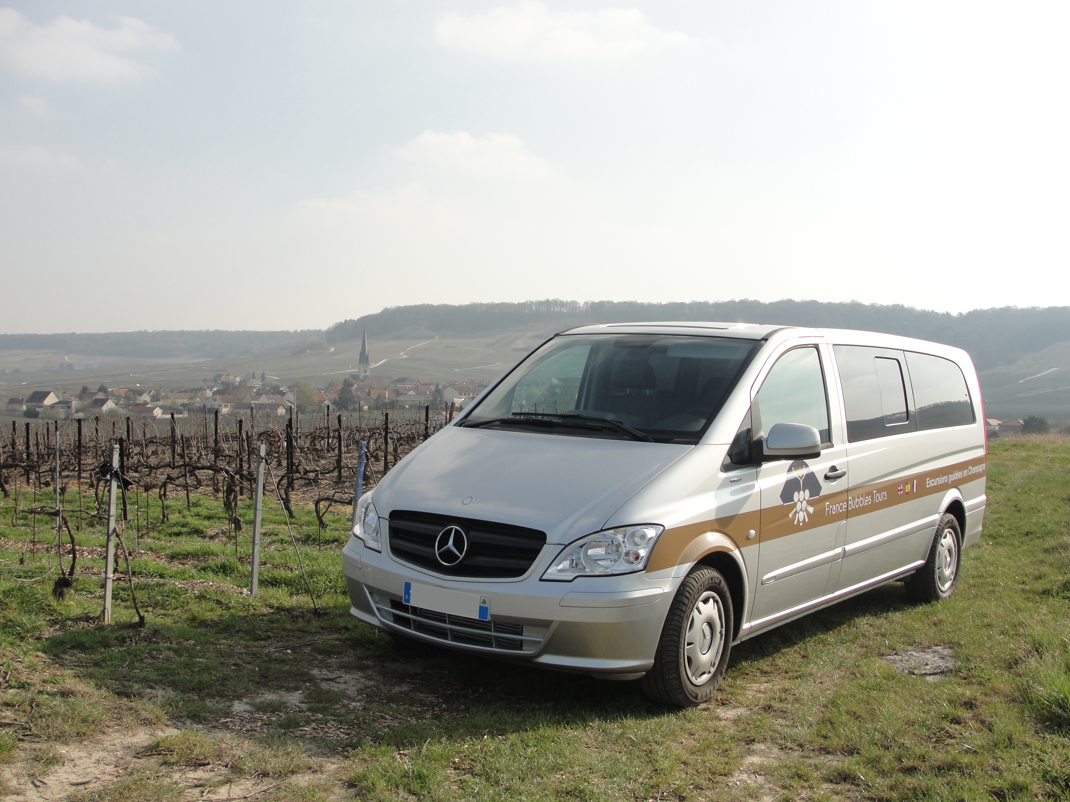 France bubbles tours for Garage mercedes pellouailles les vignes